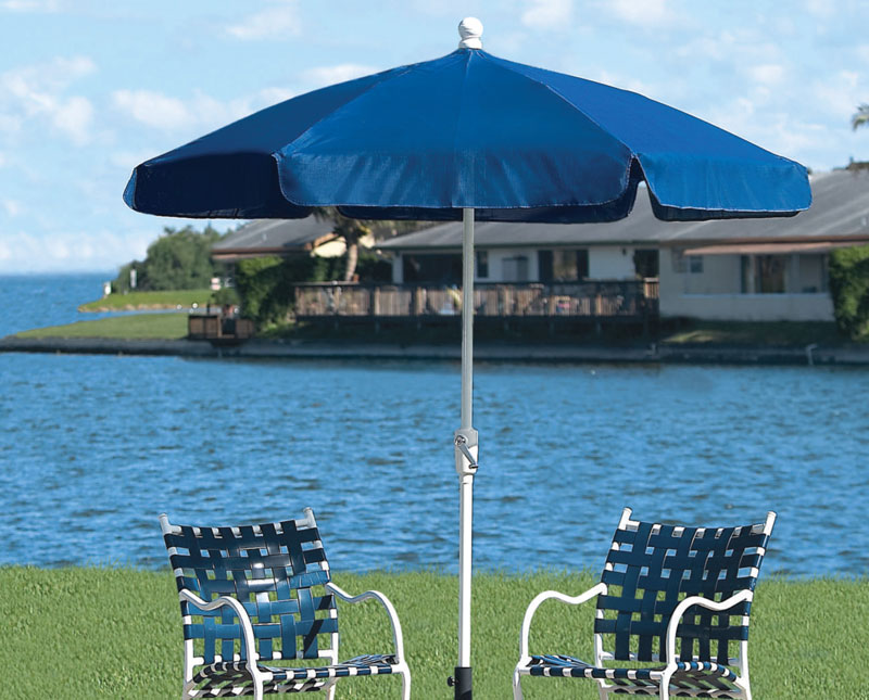 7.5' Pacific Blue Garden Umbrella - Bronze Finish - Crank Lift