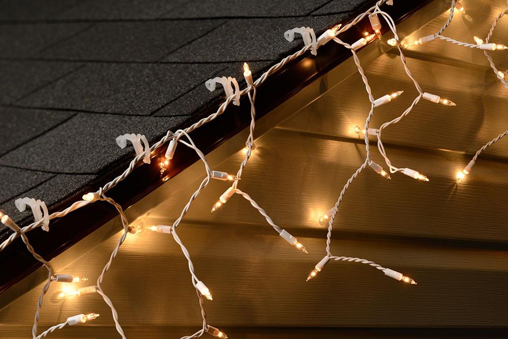 String Lights Hooks : All-Purpose String Light Holders - 100 Pack - String Lights Gutter Hooks & Clips