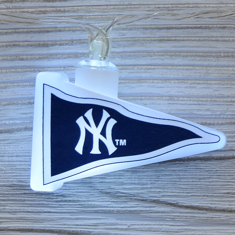 MLB New York Yankees LED Pennant String Lights - Battery Operated