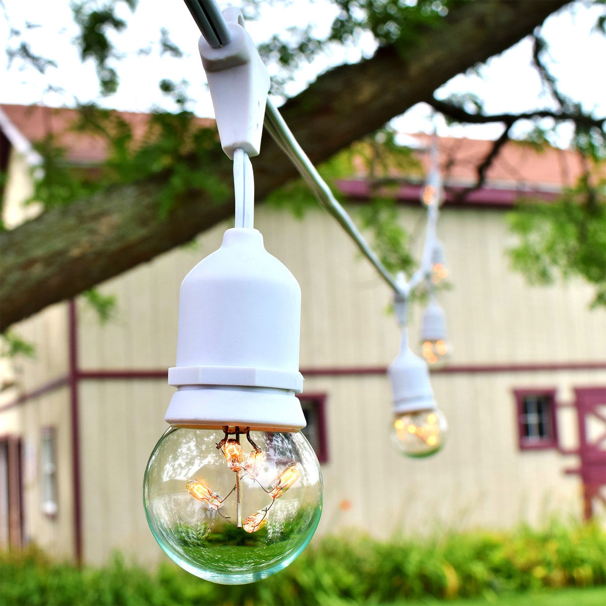Outdoor Lights Hanging Kit: White Outdoor String Lights