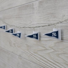 MLB New York Yankees LED Pennant String Lights - Battery Operated TP-MLB/YANKEE