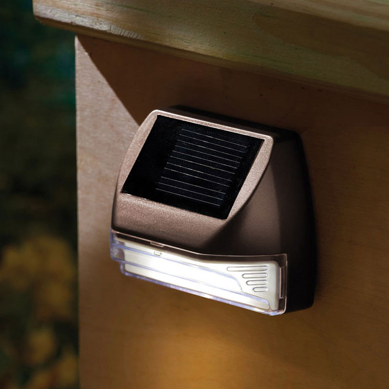Moonrays Solar Powered Mini Deck Light 2 Leds