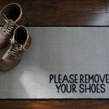 Please Remove Your Shoes Message Door Mat