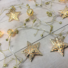 "63"" Battery Operated Metal LED Star Light Chain"