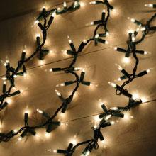 600 Clear Light Cluster Garland String Light Set - Green Wire