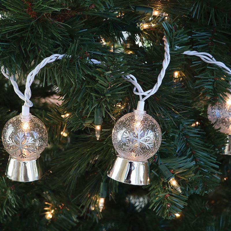 Christmas Snowglobe Novelty String Lights